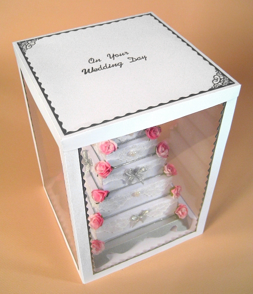 Card Craft / Card Making Templates - 5 Tier Wedding Cake in Display Box, showing lid decoration
