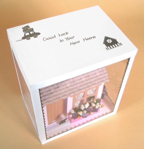 Card Craft / Card Making Templates - Country Cottage in Display Box, showing lid decoration