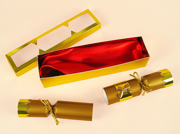 Card Making Downloads - Open Christmas Cracker and Gift Box