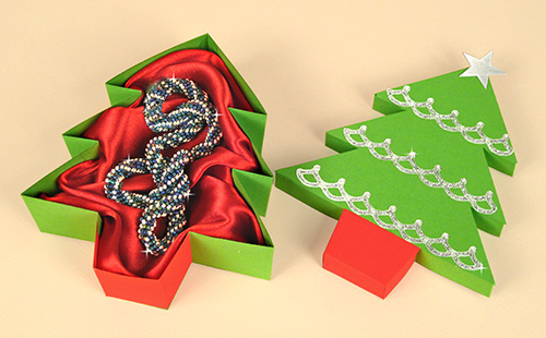 Card Making Downloads - Christmas Tree Gift Box, open
